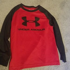 Under Armour Tops - Youth size 5 dry fit